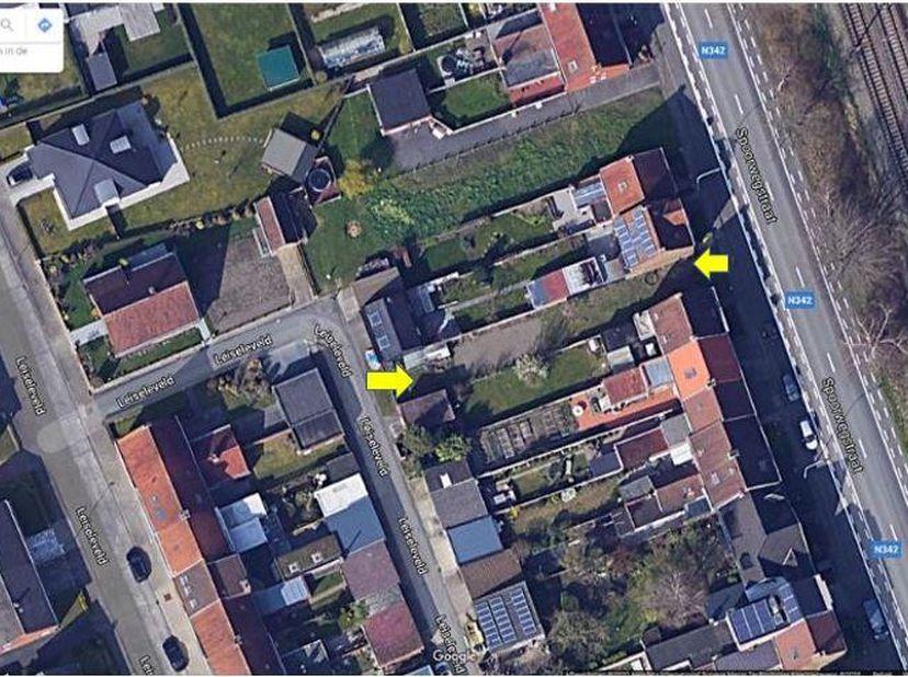 BOUWGROND SINT-MICHIELS<br /> Bouwgrond voor gesloten bebouwing, Spoorwegstraat, Sint-Michiels. Mogelijkheid tot uitweg aan achterkant van perceel, go