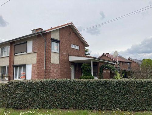 Hoekwoning te koop in Mechelen-aan-de-Maas, € 219.000
