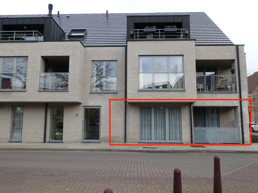 Dit vrij te komen appartement in de residentie Zwaluwennest is uitstekend gelegen nabij de luchthaven en de bedrijfsparken van Diegem en Zaventem. Vla