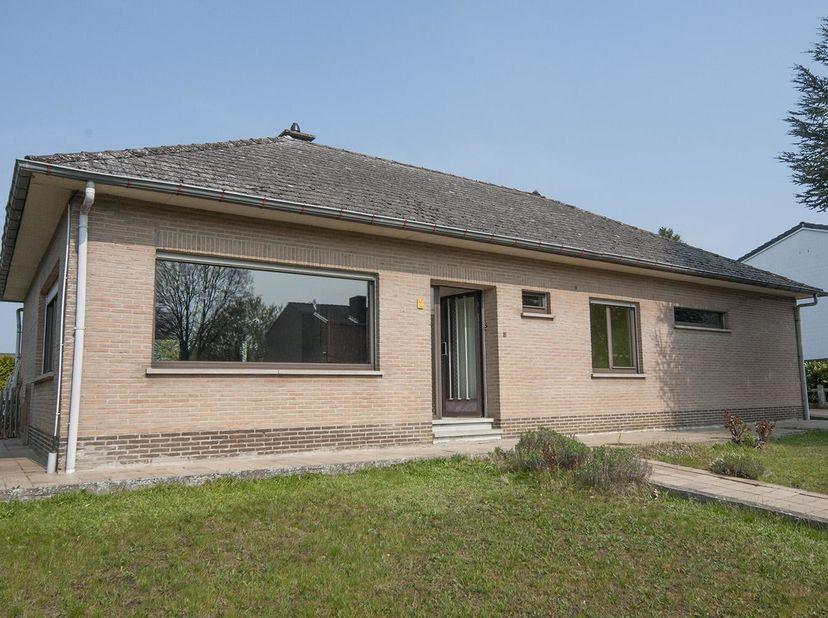 Maison à vendre                     à 3210 Linden
