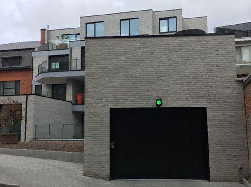 Garage à louer                     à 3500 Hasselt