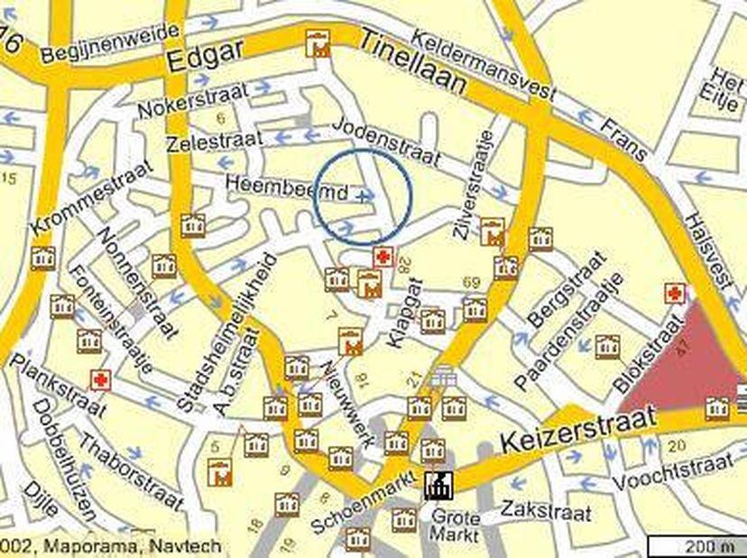 Polyvalente commerciële oppervlakte van 80m².Gelegen in centrum Mechelen op de volledig vernieuwde uitvalsweg naar de ring. Vlakbij winkels,