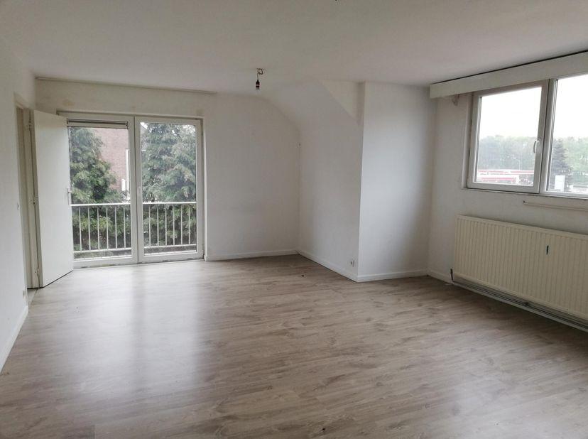 Appartement à louer                     à 3650 Lanklaar