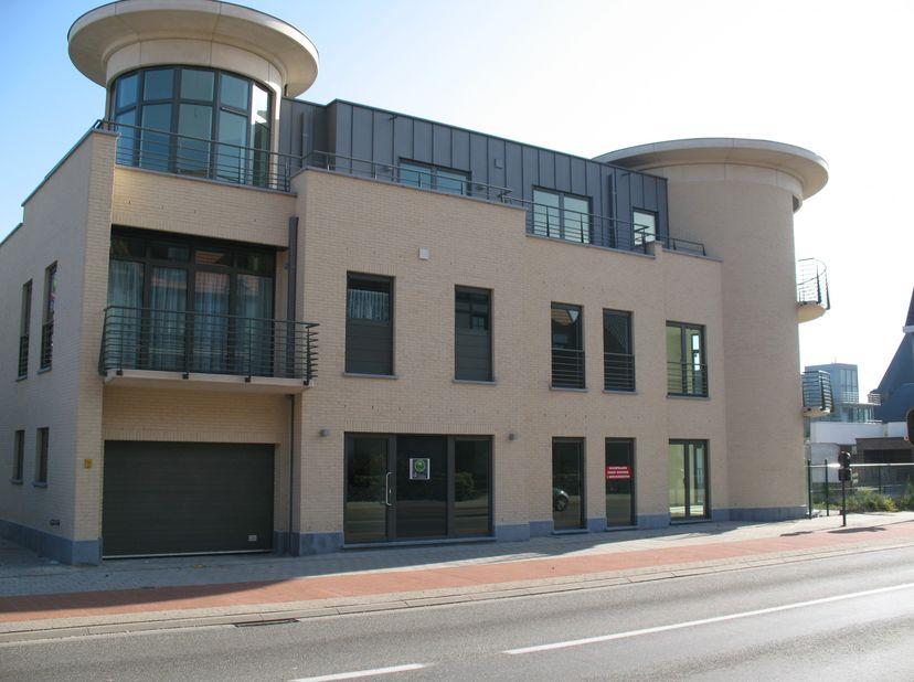 Energiezuinig appartement van 96m² in Dessel centrum.<br /> <br /> Appartement van 96m² op een centrale ligging. Het appartement omvat een zonnig terr