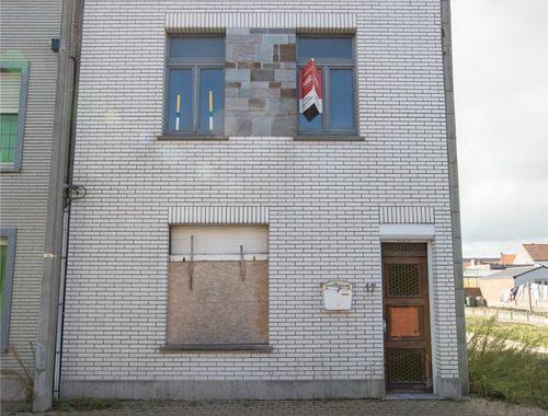 Woning te koop in Uitkerke, € 190.000