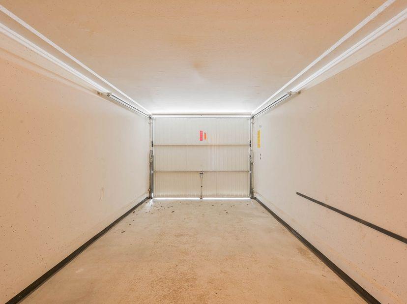 Gesloten garagebox (nr. 5) in de Residentie Taxandria.<br /> Bezoek:<br /> op zat. tussen 10u-12u