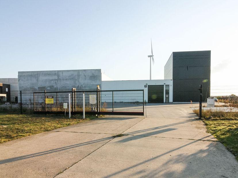 Gunstig gelegen industrieel pand gelegen te Lommel, Gerard Mercatorstraat 28  <br /> - Je bod is bindend, er is GEEN opschortende voorwaarde van het