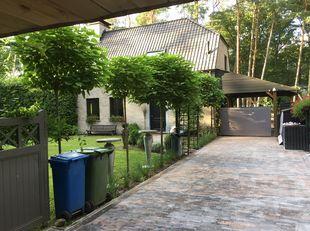 Mooi huis gelegen in weekendzone te Brasschaat<br /> <br /> Rustig in het groen gelegen (recreatiezone) van Brasschaat - Maria ter Heide.<br /> op 3 k