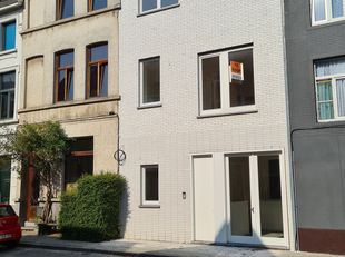 Portus Ganda: Nieuwbouw gezinswoning te koop onder stelsel van registratierechten.<br /> Rustig wonen in autoluwe zone in een energiezuinige woning, v