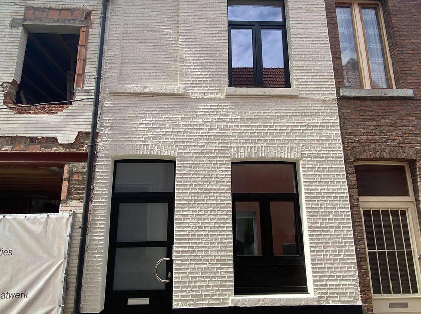 Prachtig gerenoveerde woning in stadscentrum Mechelen<br /> Deze pas gerenoveerde woning met 2 slaapkamers kan u terugvinden in het hartje van Mechele