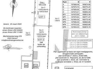 LOT 1: PERCEEL BOUWGROND 8a 17ca (OPEN BEBOUWING)<br /> Clarahof te VELTEM-BEISEM (over huisnr 13, achter lot 2)<br /> In doodlopende straat, goede ve