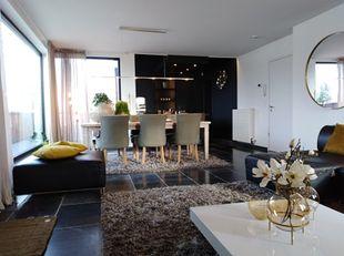 Luxueuze penthouse in Hasselt<br /> <br /> Prachtige recente penthouse gelegen dicht bij het centrum van Hasselt met haar stijlvolle winkels en trendy