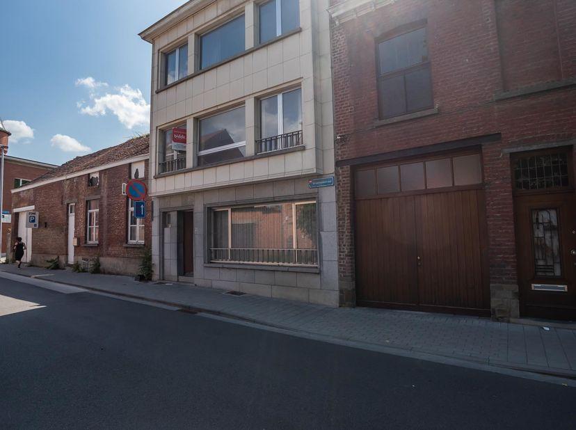 LOT 4: MASSA LOT 1 & 2<br /> Notarissen Lauranne ROOMAN en An BERGHMANS, te Leuven, Diestsestraat, 77, met tussenkomst van notaris Chris CELIS, te
