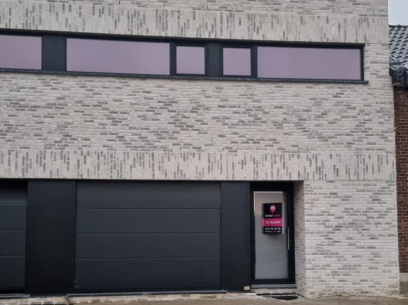 Wind en Waterdichte/ CascoNieuwbouw woning met 3 Slaapkamers en inpandige garage !!<br /> <br /> Alle opties liggen nog open voor de kandidaat koper