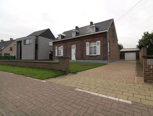 Woning te koop in Evergem, € 125.000