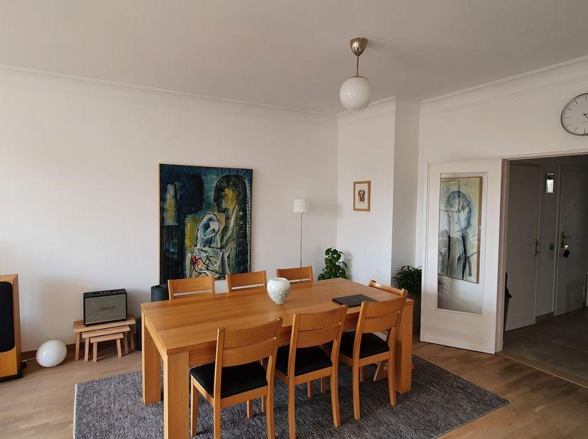Instapklaar 2 slk doorzonappartement nabij het Museum van Schone Kunsten<br /> Uw nieuwe woonplaats ligt op de Amerikalei 56, op de 4e verdieping en h