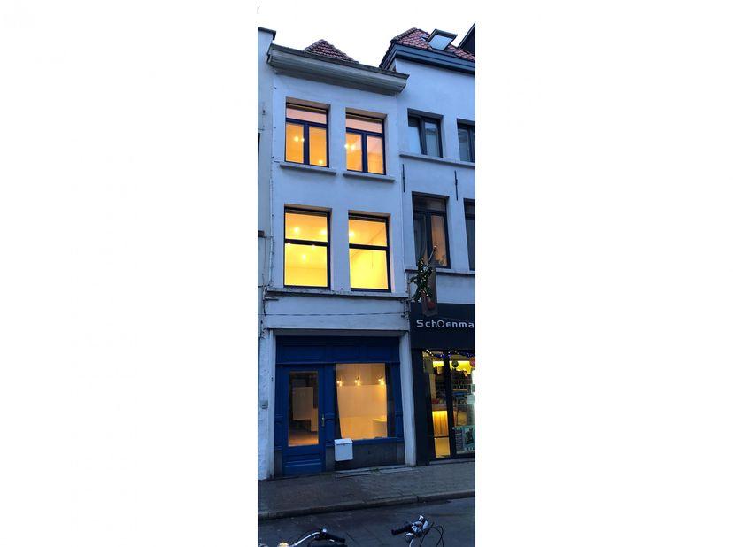 Karaktervol huis in het centrum van Antwerpen, op loopafstand van het Mas en de Meir. <br /> <br /> Mooie karaktervol woonhuis van begin 16e eeuw, nab
