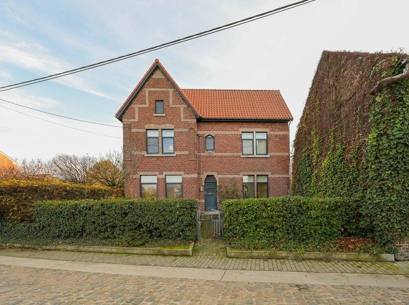 Maison à vendre                     à 3400 Wange