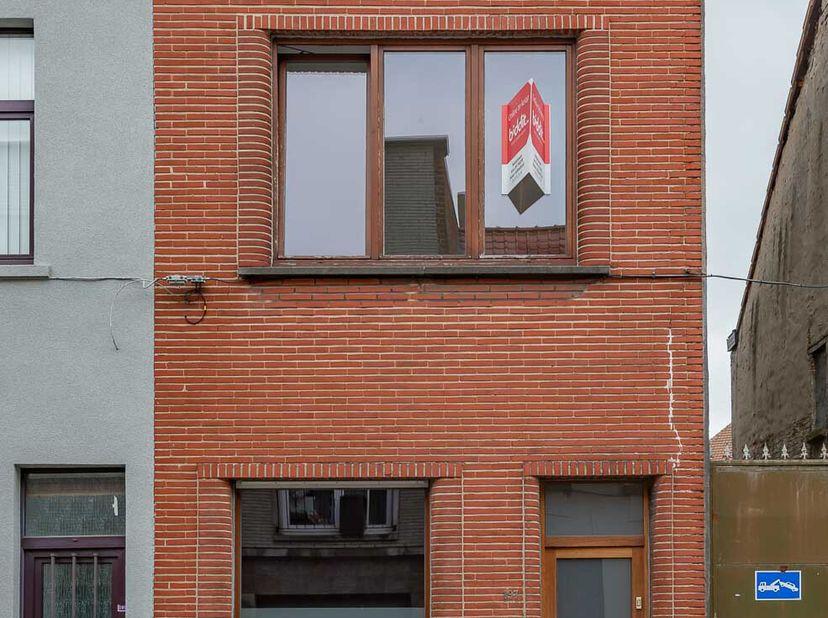 STAD GENT,  achttiende afdeling, Sint-Amandsberg eerste afdeling <br /> Sectie A, nr. 346L3 P0000. KI 399 euro, oppervlakte 155 m². Halfopen woning me