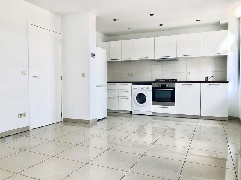 Prachtige zuid-gerichte twee-kamer appartementen in hartje Brussel<br /> <br /> Deze moderne, instapklare appartementen met optionele garagebox en 2 s