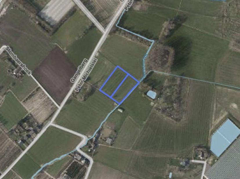 Een perceel weiland, gelegen nabij de Peter Michielslei, ter plaatse genaamd Stompaershoek.  <br /> Ten kadaster gekend: sectie B, nummers 109A P0000