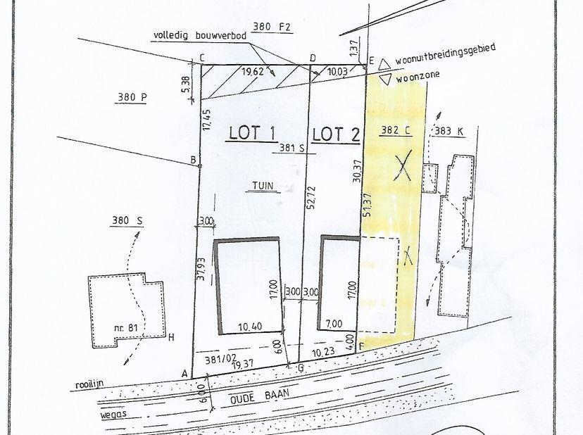 grond rustig gelegen en open uitzicht,halfopen bouwgrond : 9 are 37 ca. straat breedte ongeveer 10,23 m diepte terrein ongeveer 90m<br /> GROND IS GEL