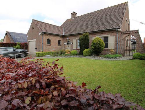Villa te koop in Tielt, € 290.000