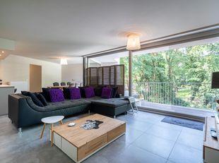 Prachtig, modern appartement van 105m² (92m² woonruimte en 13m² terras) op de 2de verdieping van residentie Da Vinci, een absolute topligging in het c