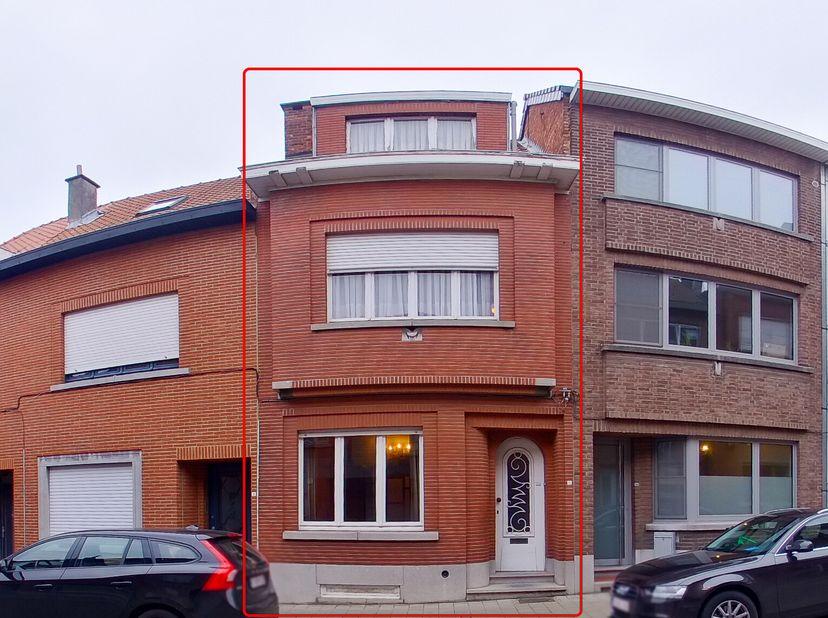 Notaris Joz Werckx met standplaats Leuven (eerste kanton) stelt via Biddit openbaar te koop:  <br />   <br /> LEUVEN (achtste afdeling, Kessel-Lo, twe