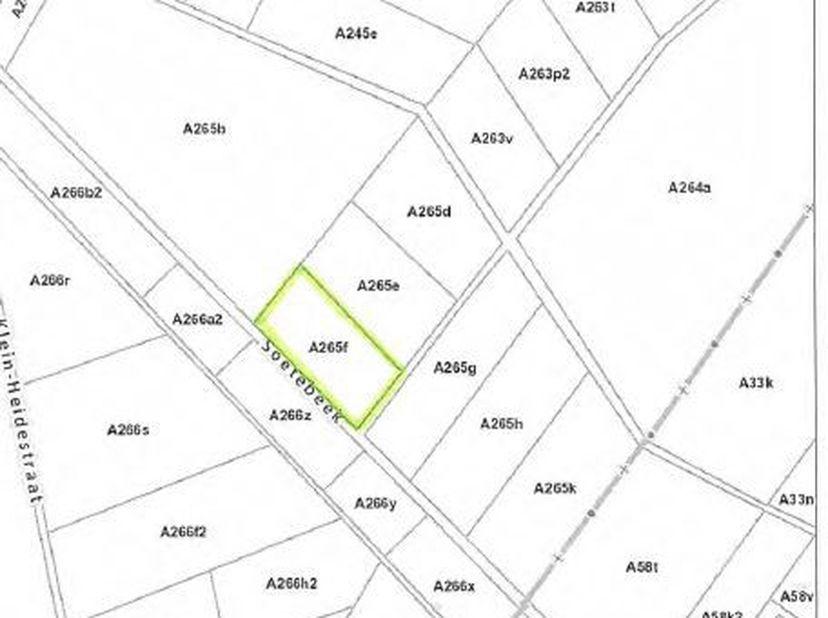Landbouwgrond te Oudsbergen, Ellikom met een oppervlakte van 83a 30ca, vrij van pacht.