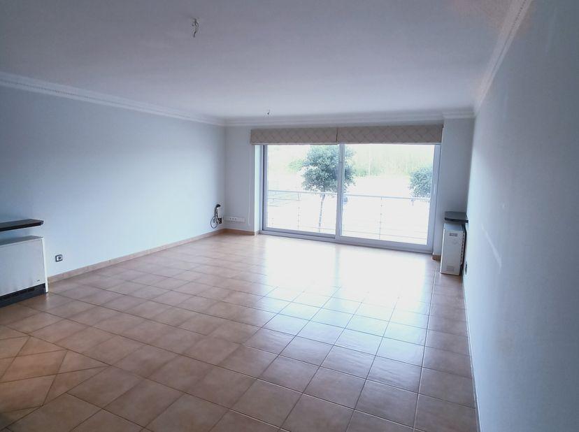 Een appartement, gelegen aan de Driftweg 203 bus 101 te 8450 Bredene. Dit in de residentie Seasand I. Beschikbaar vanaf 1 februari 2021.<br /> <br />