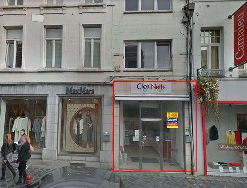 Handelsgelijkvloers te koop in Wavre, € 325.000