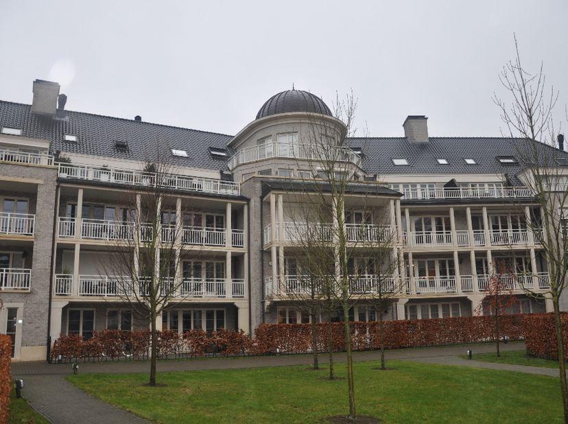 """1 slaapkamer appartement in residentie """"Augustijnenpark"""" te Herentals.<br /> Centraal gelegen dichtbij centrum, winkels, scholen, openbaar vervoer en"""