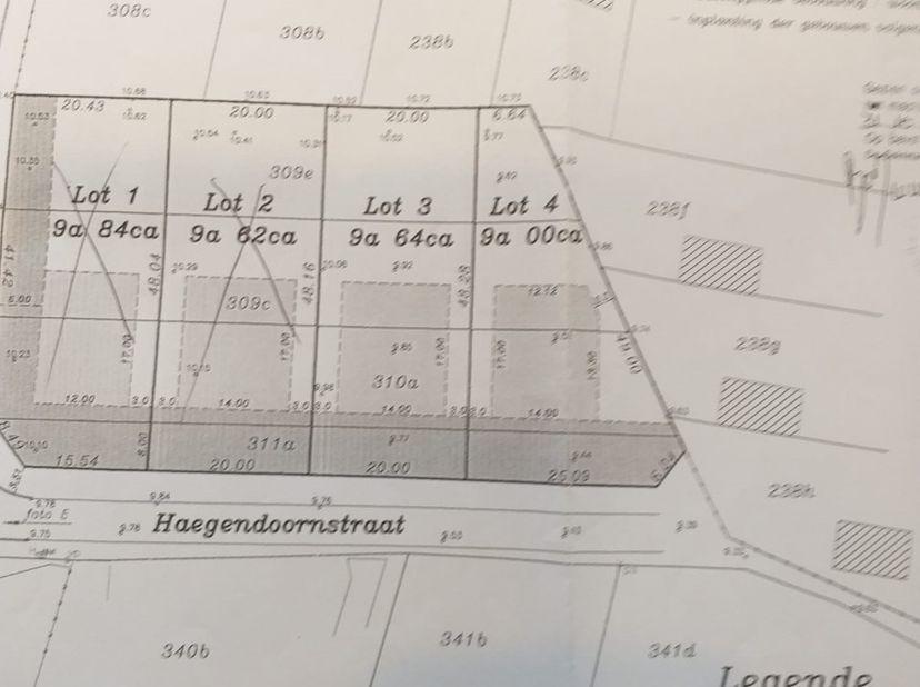 2 mooie bouwgronden voor open bebouwing uit de hand te koop te Lanaken, gelegen aan het einde van een doodlopende straat, centrum Maastricht op 10min,
