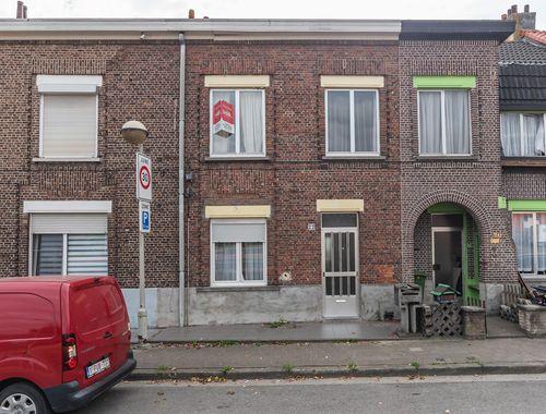 Rijwoning te koop in Antwerpen, € 120.000
