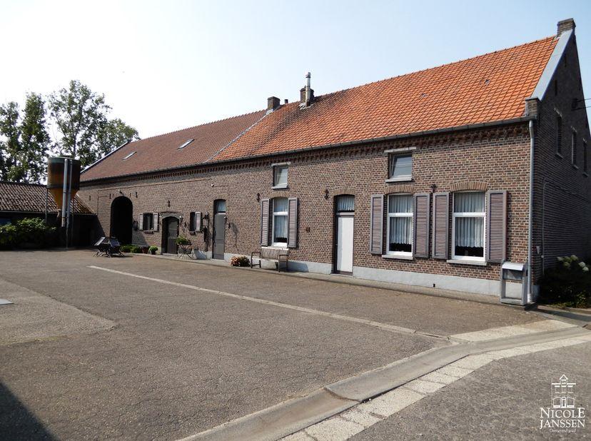 Maison à vendre                     à 3960 Bree
