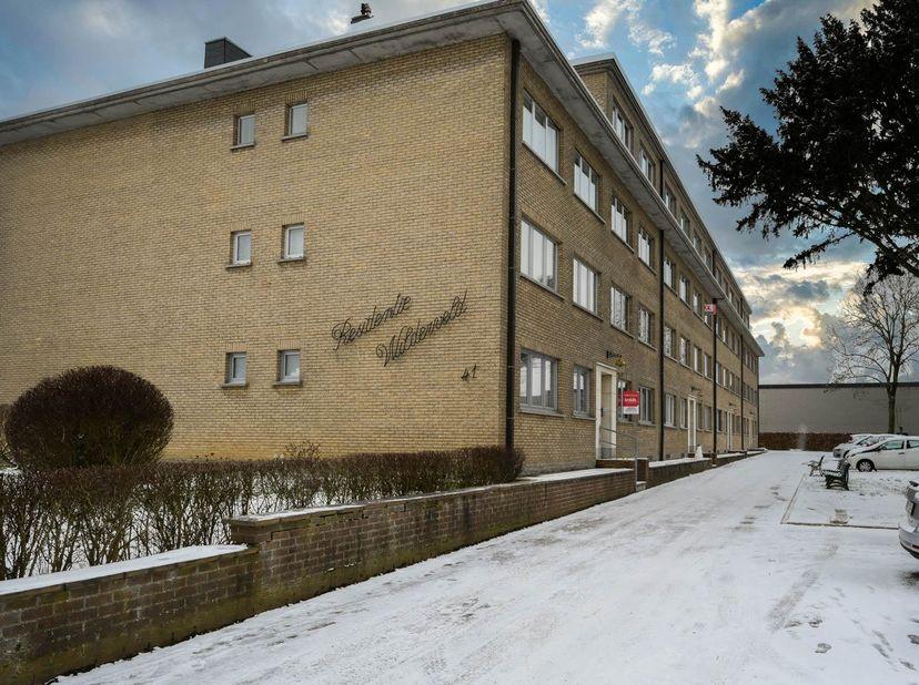 APPARTEMENT MET GARAGE<br /> In Residentie Wilderveld, gekadastreerd wijk E, nummer 615/S/P0000, met een opp. van 47a1ca:<br /> 1) Het appartement A2
