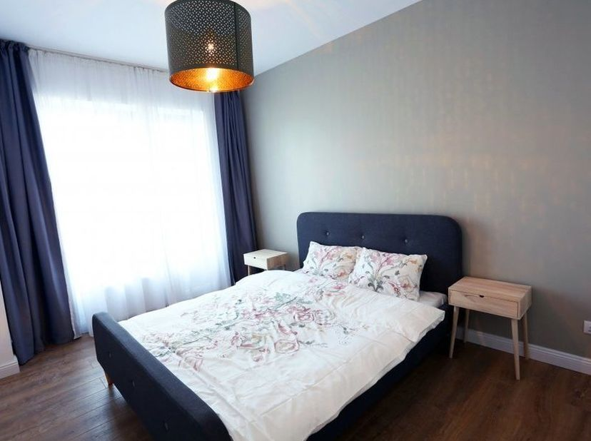 Mooi gemeubeld appartement in hartje Leuven: 2 slaapkamers, ingerichte badkamer, gezellige lichte living, ingerichte keuken.<br /> Aparte kelder en fi