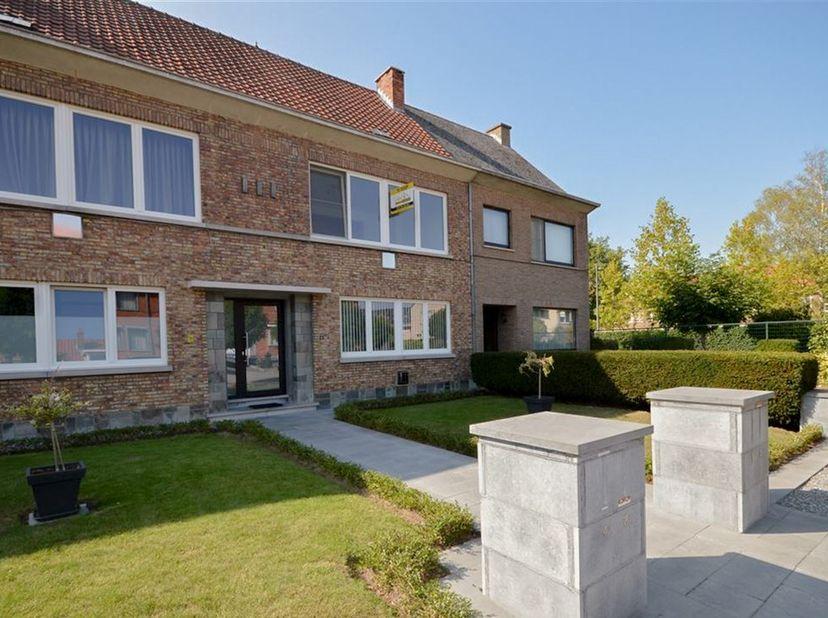 Banneuxwijk is de gezellige locatie waar we dit mooie, instapklaar appartement met twee slaapkamers terugvinden op de Zegestraat ter hoogte van nummer