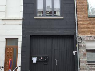 Dit gezellig appartement is gelegen net buiten de ring van Leuven, op wandelafstand van het centrum, winkels, het station van Leuven-Centraal en ander