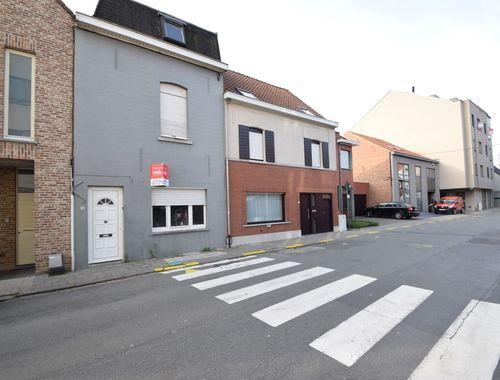 Woning te koop in Wevelgem, € 70.000