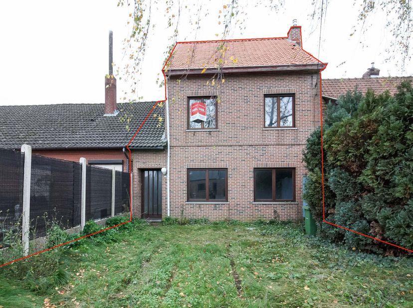 """STAD GENK (vierde afdeling)   <br /> Een woonhuis op en met grond en alle verdere aanhorigheden, gelegen """"Loskaaistraat 13"""", in bufferzone/woongebied"""