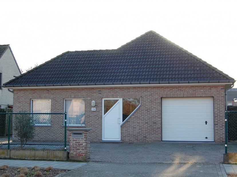 Maison à vendre                     à 2547 Lint